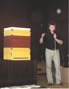Včelařská akademie